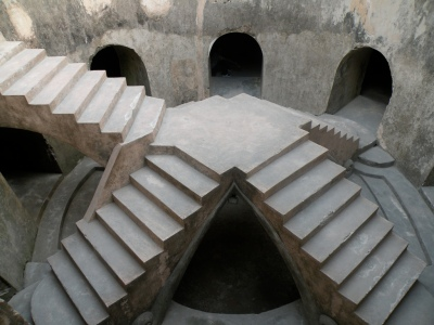 wisata Religi Sehati masjid bawah tanah